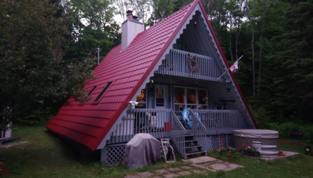Roof replacement Montreal - Metal roofing