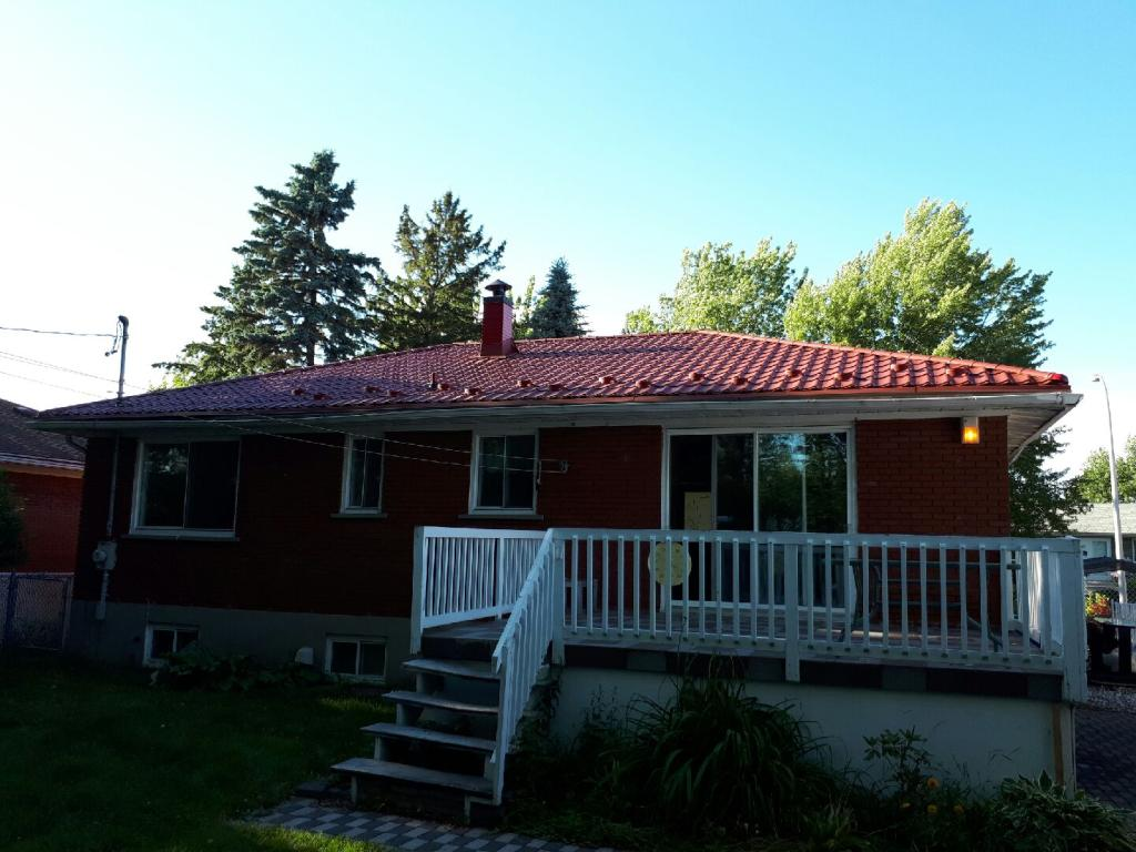 Metal roof panels laval